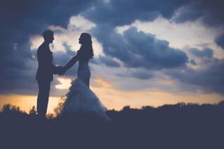 transfert saint tropez chauffeur prive van mercedes pour mariage